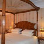 Cardinal Beaton Room - Emperor size 4 poster with lovely garden views and private shower room.